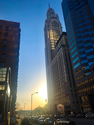 sunset downtown columbus leveque palace theater tower sun street urban city ohio fridaynight reflections buildings