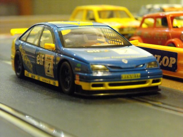 Scalextric Renault Laguna (4)