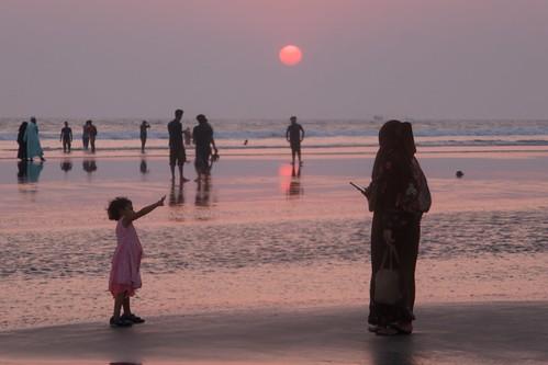 beach tourist coxsbazar chittagong bangladesh people sunset