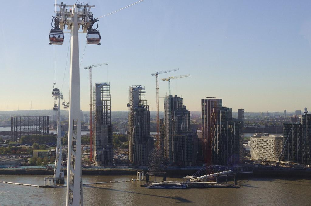 Greenwich Peninsula, Emirates cableway