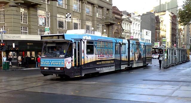 Elizabeth Street tram, April 2009