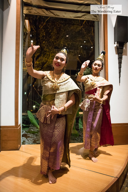 Traditional Thai dancers performing during dinner