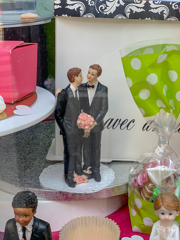 gay marriage dolls