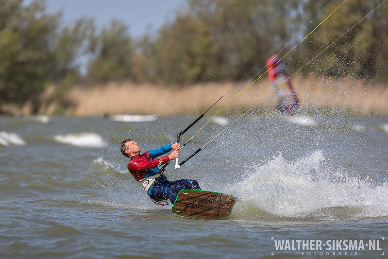 Kitesurfen in Makkum, Friesland