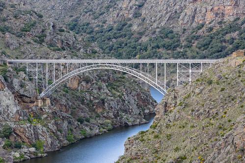 Puente de Requejo