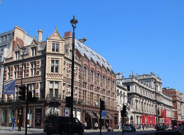 West end (Piccadilly/Regent str)