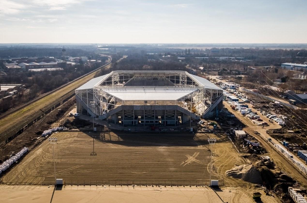 Nincs hová vezetni a stadion termálvizét, átalakítások kellenek