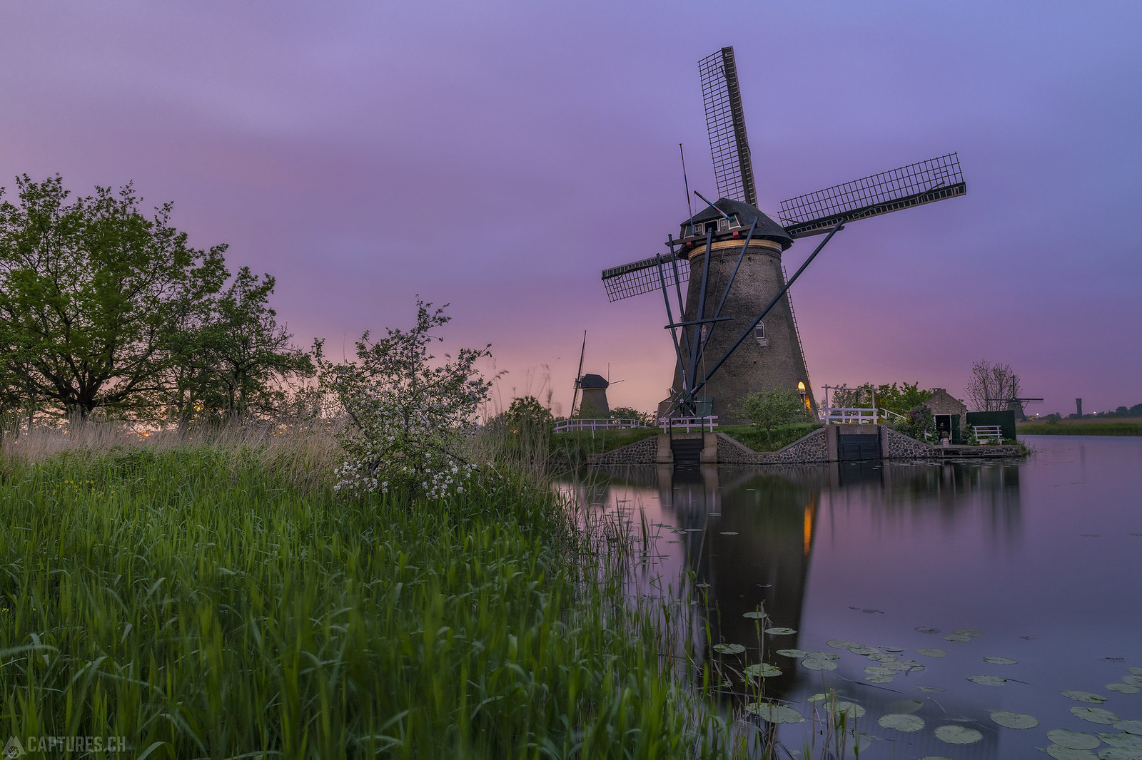 Dusk at the windmill - Kinderdijk
