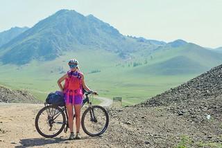 Biking from Ulan Batoor to Terelj   by piposilmilla