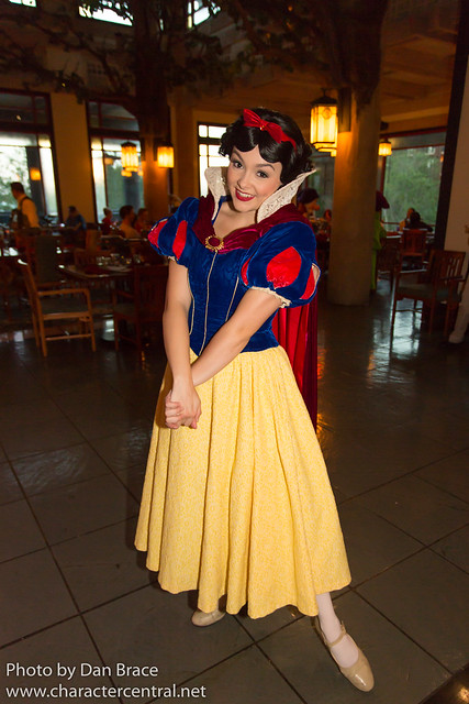 Storybook Dining at Artist Point with Snow White
