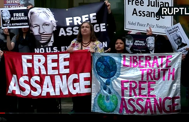 Chris Hedges and Joe Lauria: The Julian Assange Extradition Trial