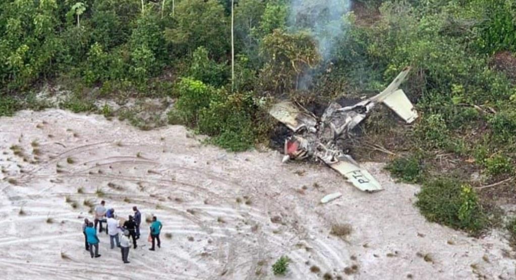 Avião cai, destroços são localizados, mas piloto de Santarém continua desaparecido Aeronave-brasileira-Cessna