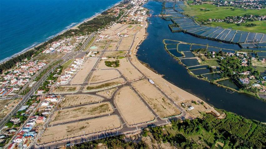 Đất nền ở tỉnh và các thành phố ven bển có hạ tầng kết nối giao thông tốt luôn hấp dẫn trong mắt các nhà đầu tư.