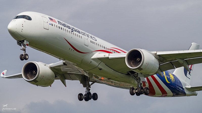 9M-MAC Malaysia Airlines Airbus A350-941
