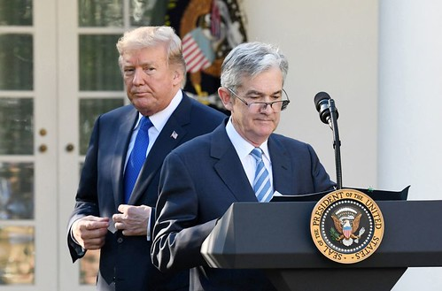 Trump-Fed: continua il braccio di ferro.