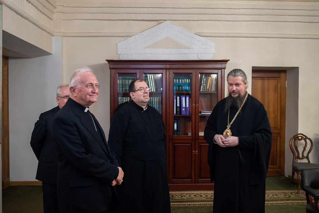 Новоспасский монастырь посетили паломники из Италии