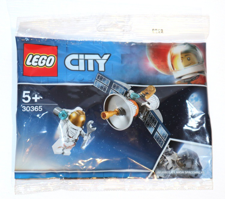 New Lego City Space poly...