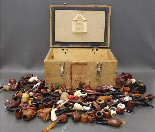 Don't let this happen to your pipe collection! 40807897083_1b908ebfa2_z_d