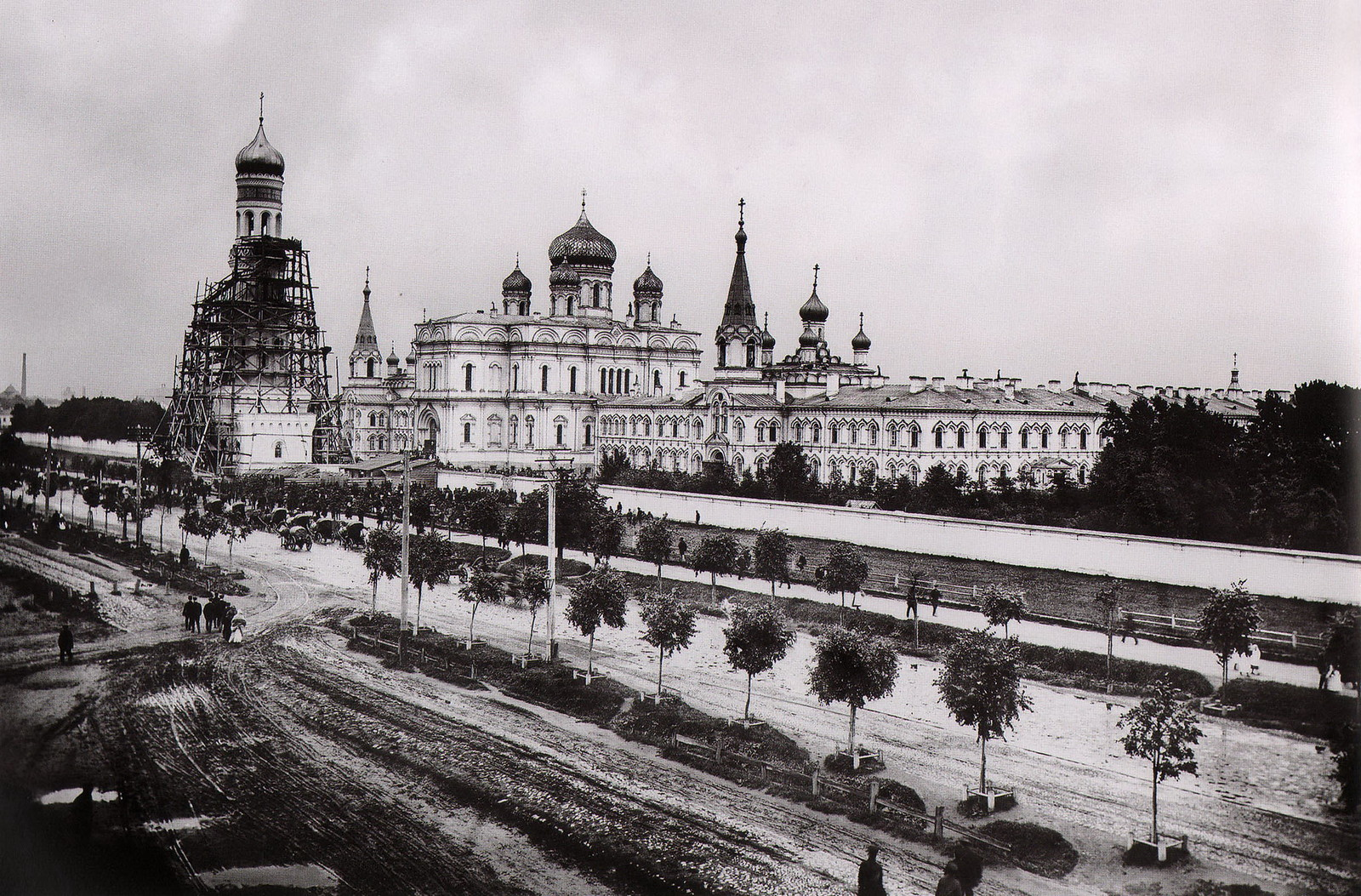 Воскресенский Новодевичий монастырь. 1895