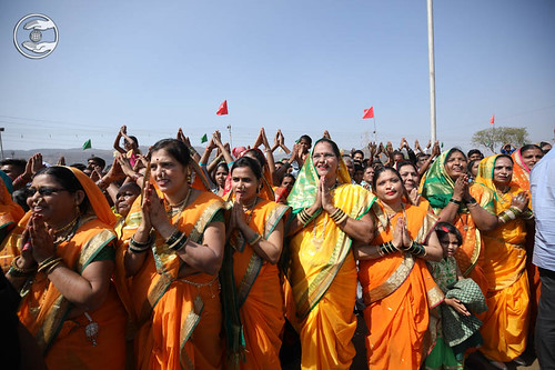 Devotees feel delighted to have holy glimpse