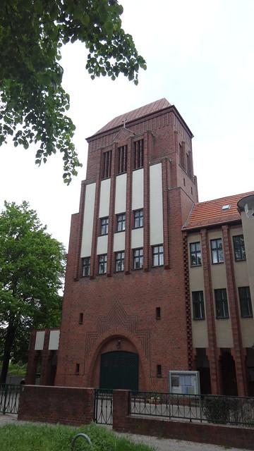 1928/31 Berlin expressionistische katholische Christus-König-Kirche 27mH von BR Karl Kühn Nipkowstraße 17-19 in 12489 Adlershof