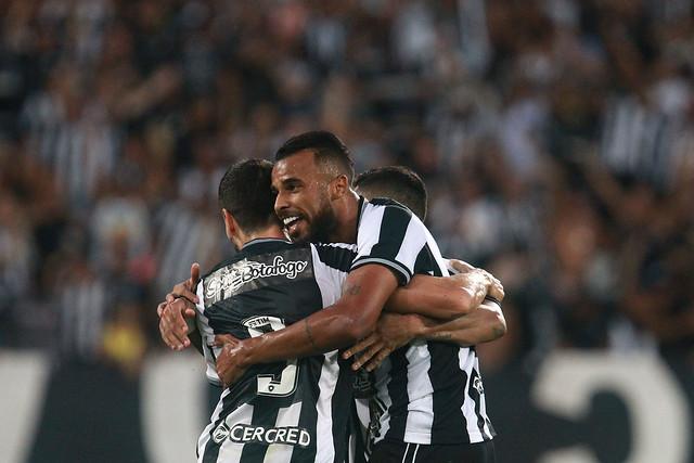Botafogo 1 x 0 Fortaleza - 05/05/2019