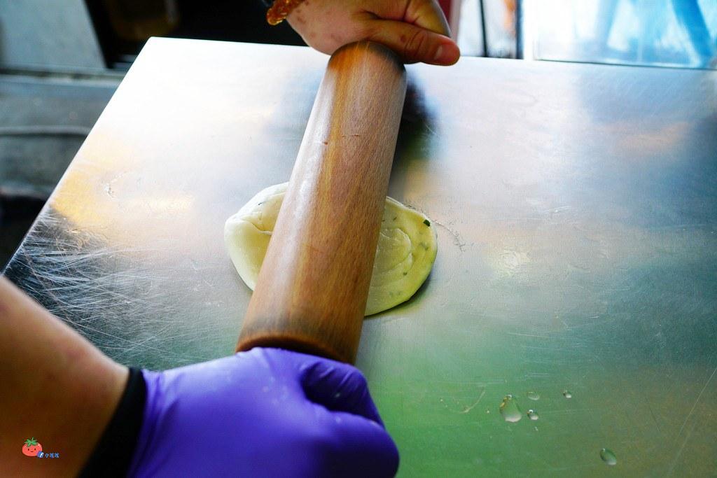 鶯歌小吃推薦 銅板美食 BOOM炸蛋蔥油餅