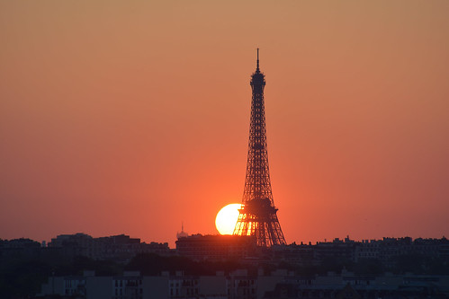 sunrise eiffel eiffeltower paris orange tower architecture france nikond5200 tamron16300mm soleil toureiffel monument