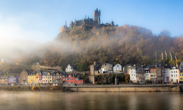 Morgennebel in Cochem / Deutschland