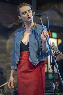 Franklin Country Sweethearts at Timberyard   by Artrocity