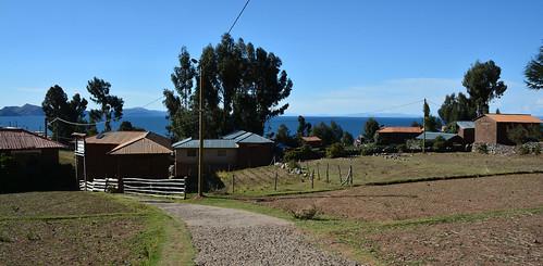 Île d'Amantaní, Lac Titicaca, Pérou   by EclairagePublic.eu