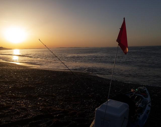 沖は釣り人だらけ。