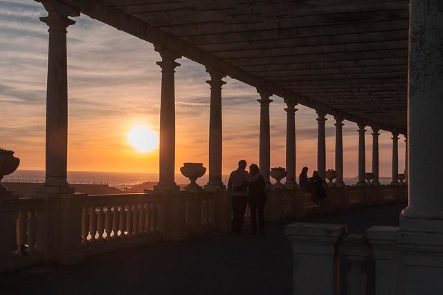 F0633 - Sunset lovers