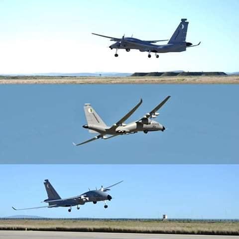 الجزائر تشغل و تصنع الطائرة بدون طيار الاماراتية [ United 40 Yabhon UAV ]  - صفحة 2 40830910813_8deb35d5bb_b