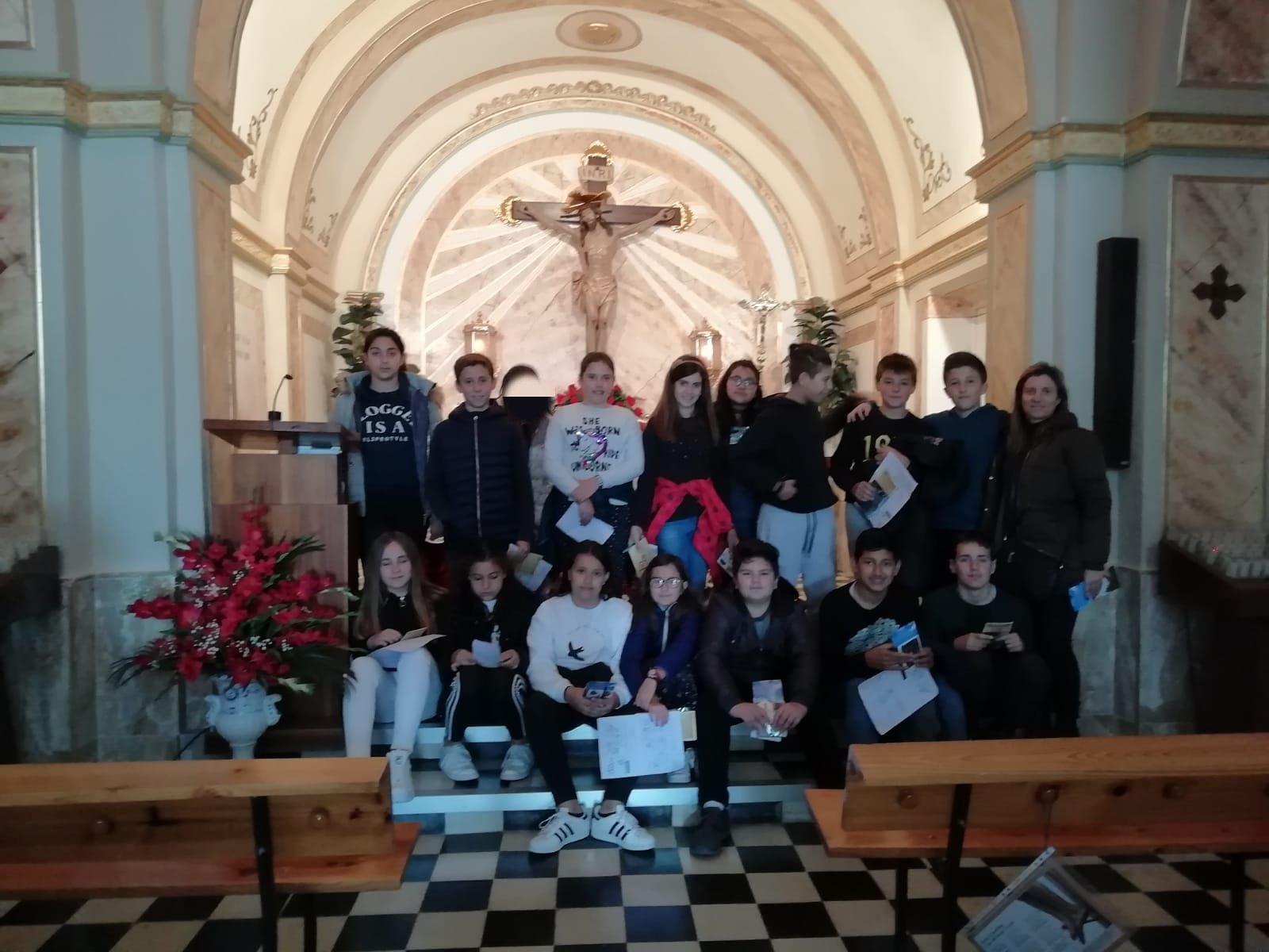(2019-04-08) Visita ermita alumnos Yolada - 6 - Virrey Poveda - María Isabel Berenguer (05)