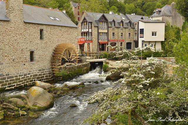 Pont-Aven  -  Bretagne  /  Finistère
