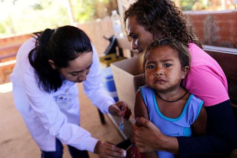 Saúde vacina indígenas do Santuário dos Pajés