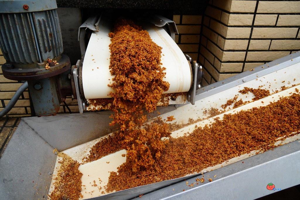 金門皇家酒廠 53度高粱酒 酸白菜 豆腐乳 風獅爺 小豬撲滿紀念品