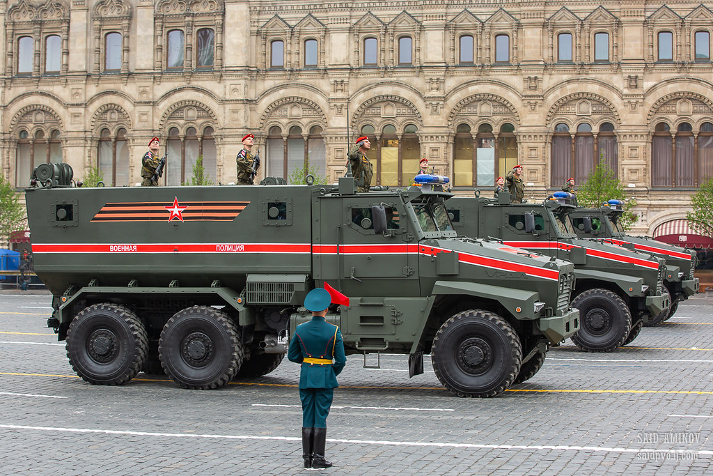 Victory Day Military Parades in Moscow (2010-Present) - Page 2 40847274113_71b770600f_b