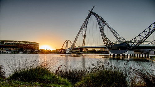 matagarup bridge arena perth sunrise reflection burswood swan river