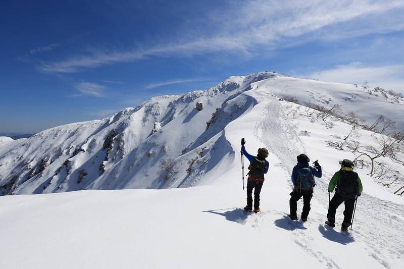 冬の荒島岳の集合写真