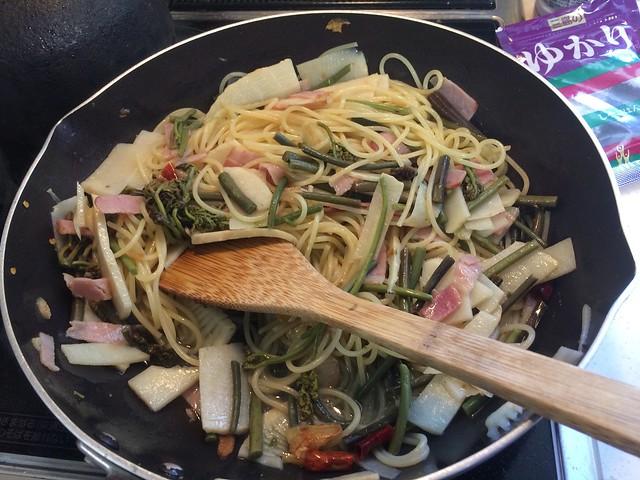 Pasta of Warabi and bamboo shoots