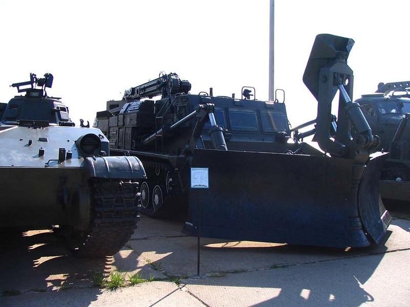 BAT-2 Combat Engineer Vehicle 00002