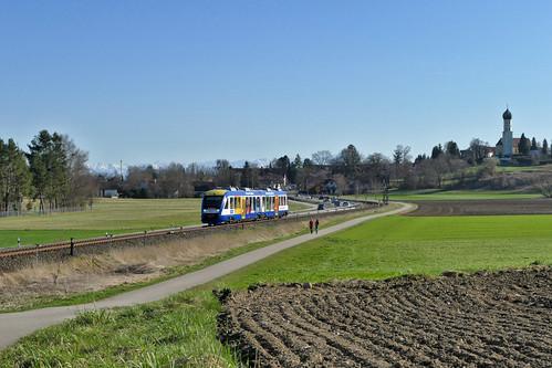 Ein Zug der BRB verlässt Schondorf Richtung Geltendorf | by Entenfang1