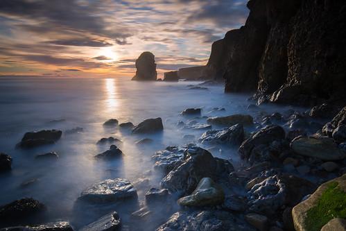 coastal marsdenbeach sunrise canonef1635mmf4lisusm seastack leefilters