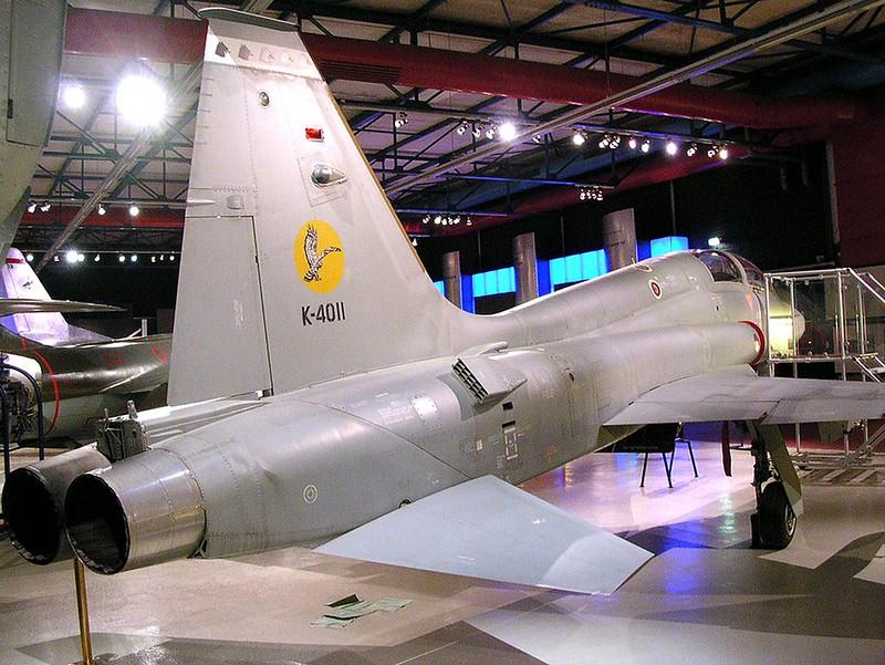 Northrop NF-5B 00002