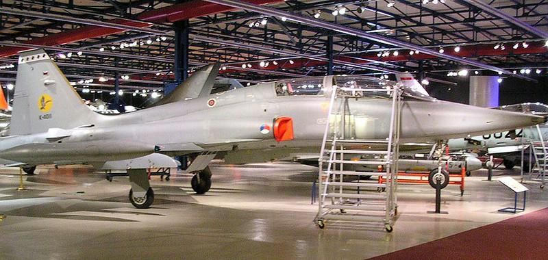 Northrop NF-5B 00001