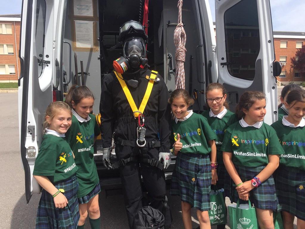 Visita al Colegio de Guardas Jóvenes de la Guardia Civil en Valdemoro