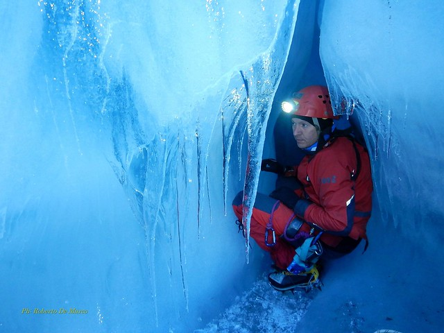 roberto de marco speleologo in islanda