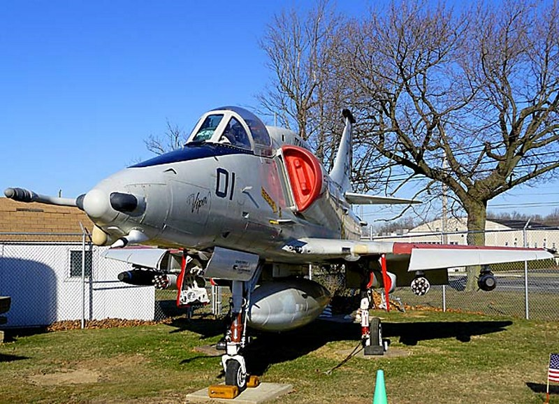 McDonnell Douglas A-4M Skyhawk 00001